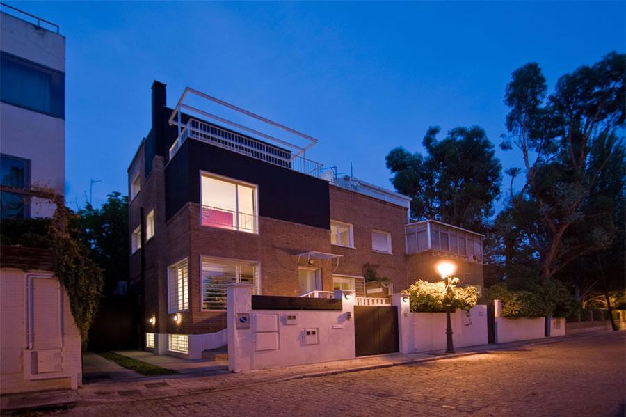 A23 HOUSE 13