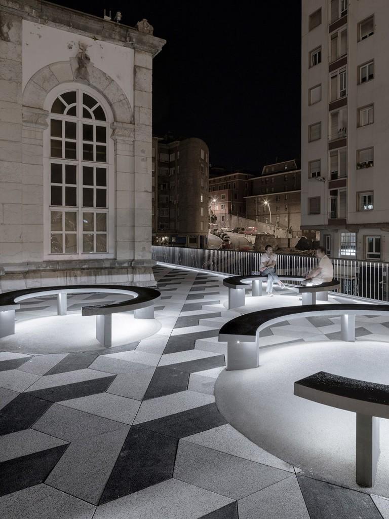 GARCIAGERMAN ARQUITECTOS Puertochico Plaza